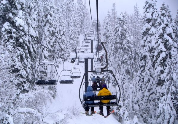 Skiing in Europe or America: which is best?