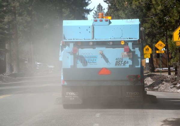 Officials: Muck on roadways not from change in de-icing