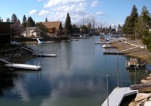 Dye study may lead to use of herbicides in Lake Tahoe