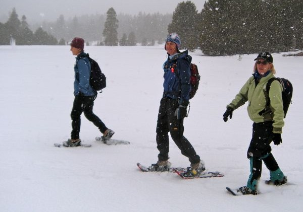 Beneficiary snowshoe race at Camp Rich