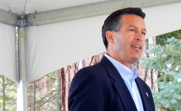 Sandoval pleads Nev.'s case with federal officials