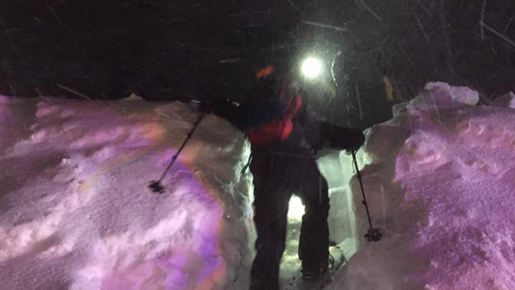 2 lost snowshoers rescued during blizzard