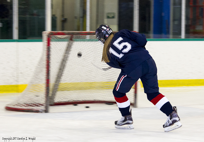 how to get a division 1 hockey scholarship