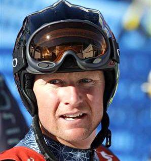 Rahlves turns it up a notch in skiercross