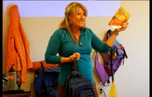 Tamara Burns explains ways to survive an expected emergency while playing outdoors. Photo/Kathryn Reed