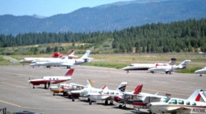 Planes of all sizes use Lake Tahoe Airport. Photo/LTN file