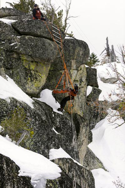 Sierra-at Tahoe patrollers practice high angle rescues. Photo/Merick Rickman