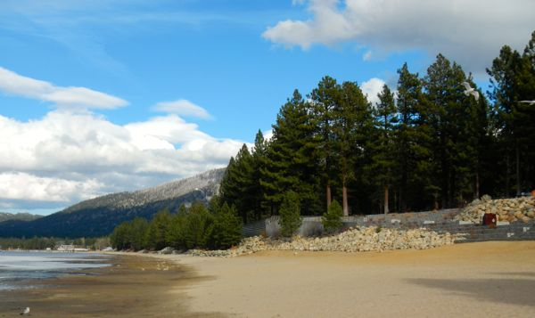 Tahoe piers-drought: Lakeview Commons