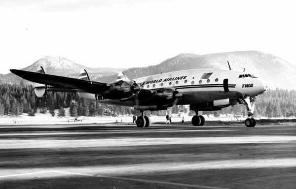 Commercial service was once robust at Lake Tahoe Airport. Photo/Del Laine