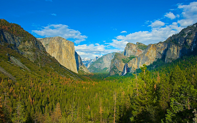 The grandeur of Yosemite is captivating no matter the season. Photo/Yosemite Hospitality